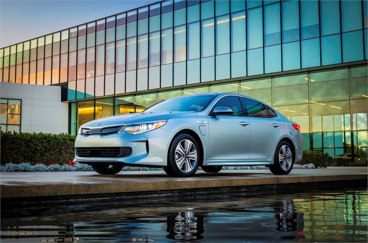 October 2018 Kia Optima EX 2.0L Plug In Hybrid 6 A/T Lease Deal
